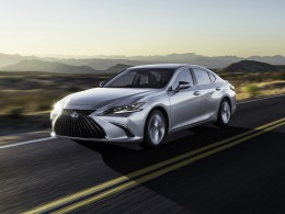 A revamped Lexus ES may replace the camera mirrors