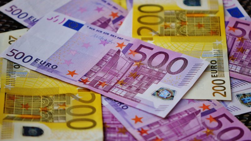 Only five countries have committed to the deadline for submitting their National Recovery Plans - EURACTIV.cz