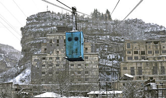 Stalin's cable cars carry ore and locals in Georgia