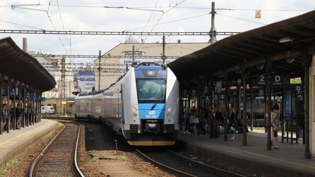 Carriers will promote long-distance trains in the Czech Republic and abroad