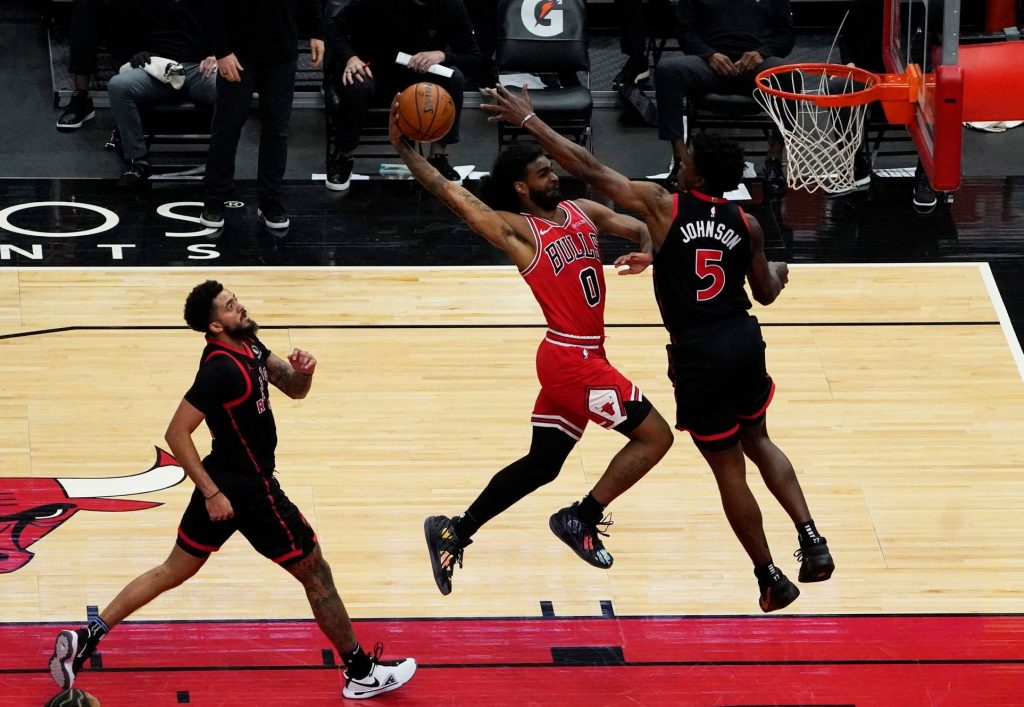 The Bulls kept their theoretical hope in the NBA playoffs, with two games left