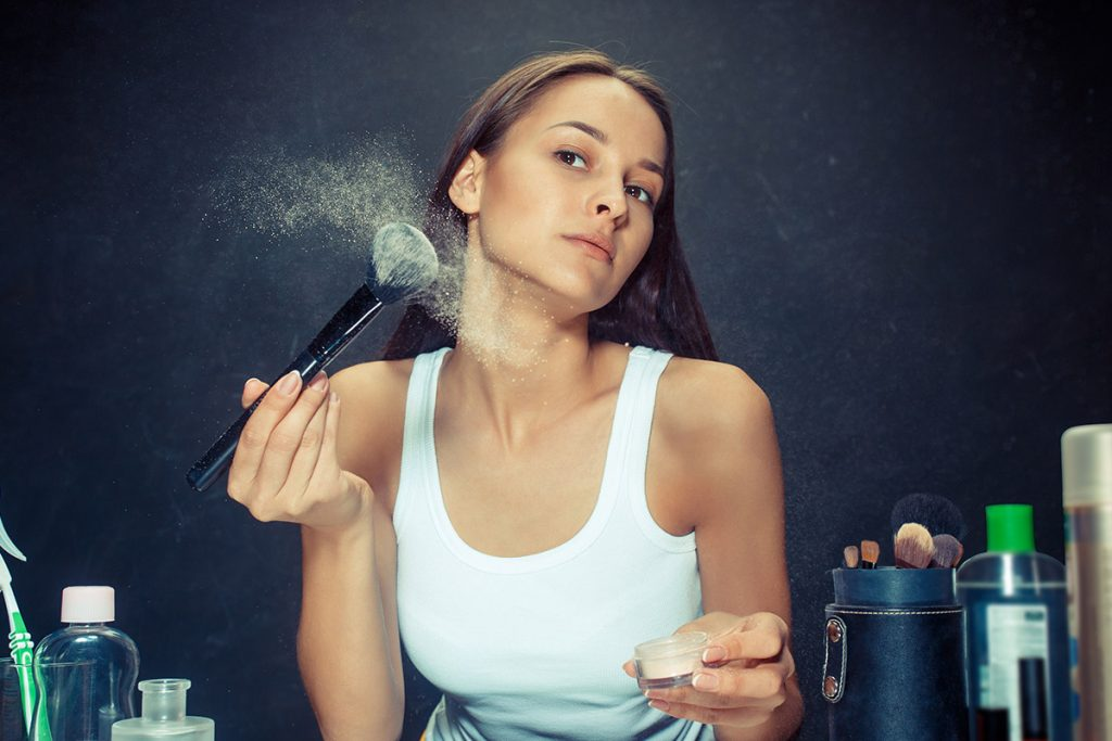 7 ways to prevent makeup from clumping