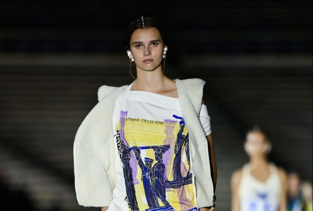 """""""Dior"""" returns to its Greek """"roots"""" with a fashion show in Athens – (photos)"""