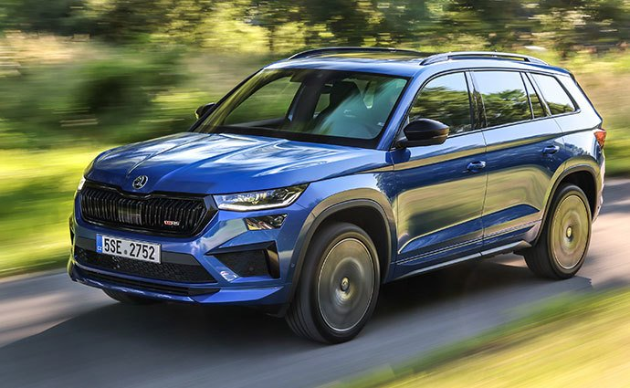 The refurbished Skoda Kodiaq is presented at a huge exhibition.  Test it with us!