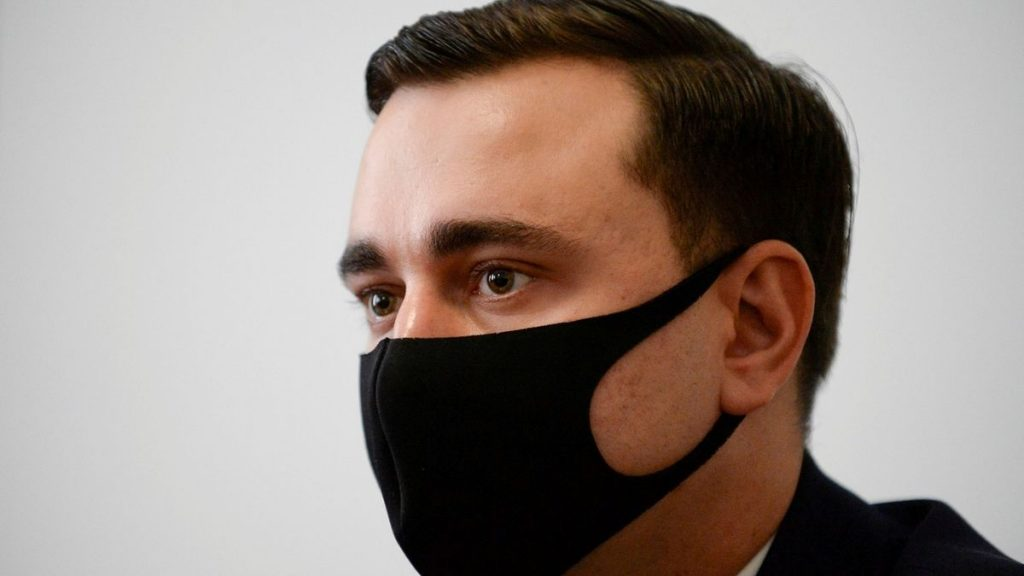 Navalny's collaborator is on the wanted list