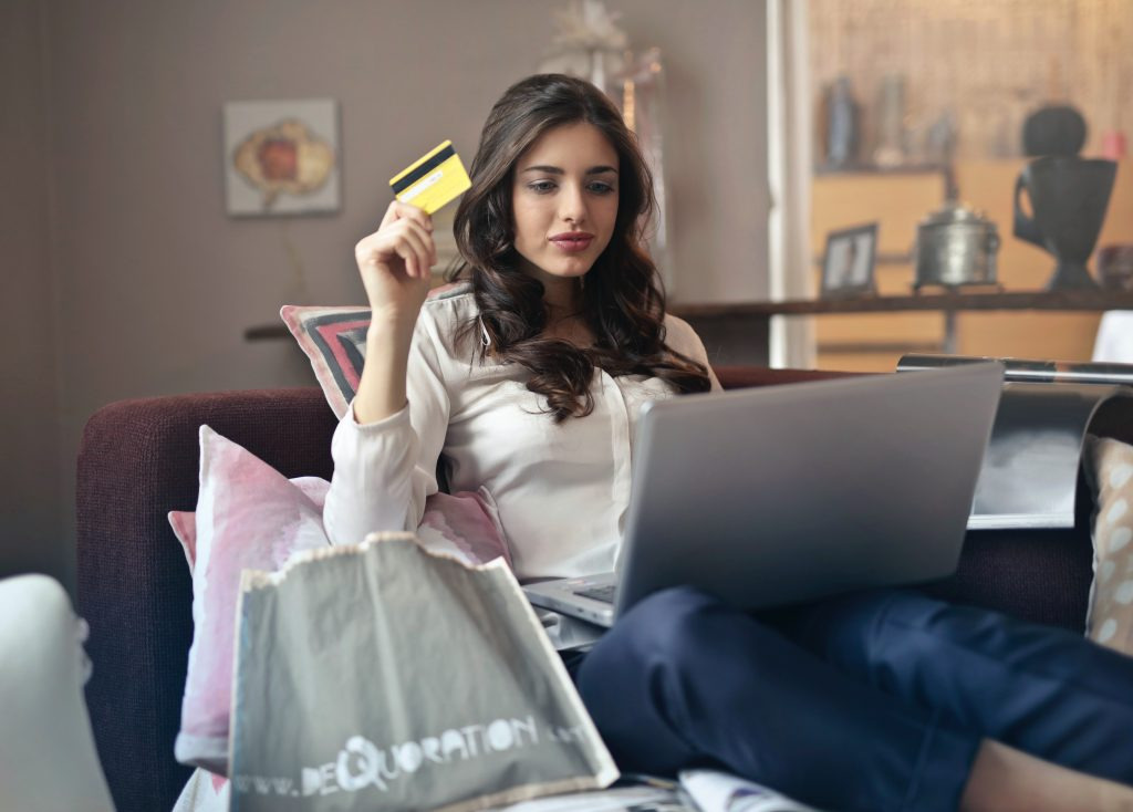 Sometimes online shopping doesn't have to arrive, how are the options, and when did you prepay?