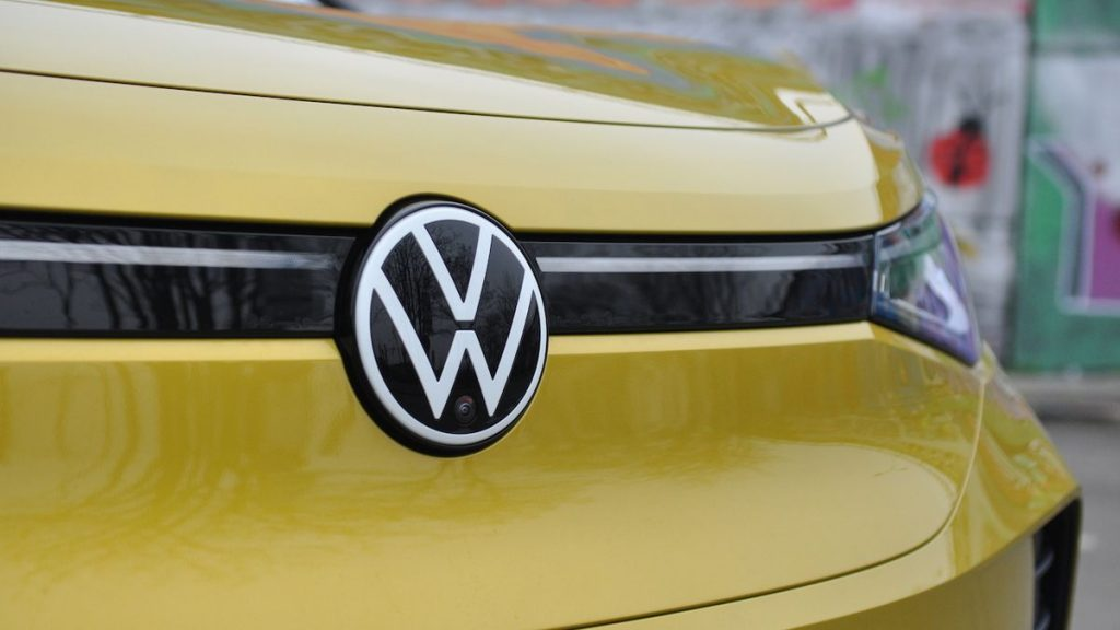 Volkswagen Group will introduce two new jobs, with managers to manage collaboration with the brand