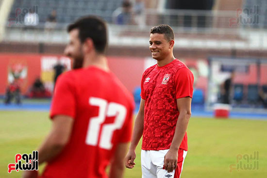 Al-Ahly players warm-up (10)