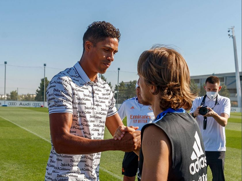 Varane bids farewell to Real Madrid and looks forward to a new chapter with Manchester United