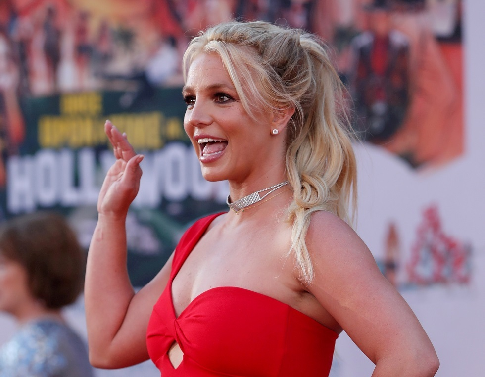 The father of American singer Britney Spears resolves the controversy over his guardianship
