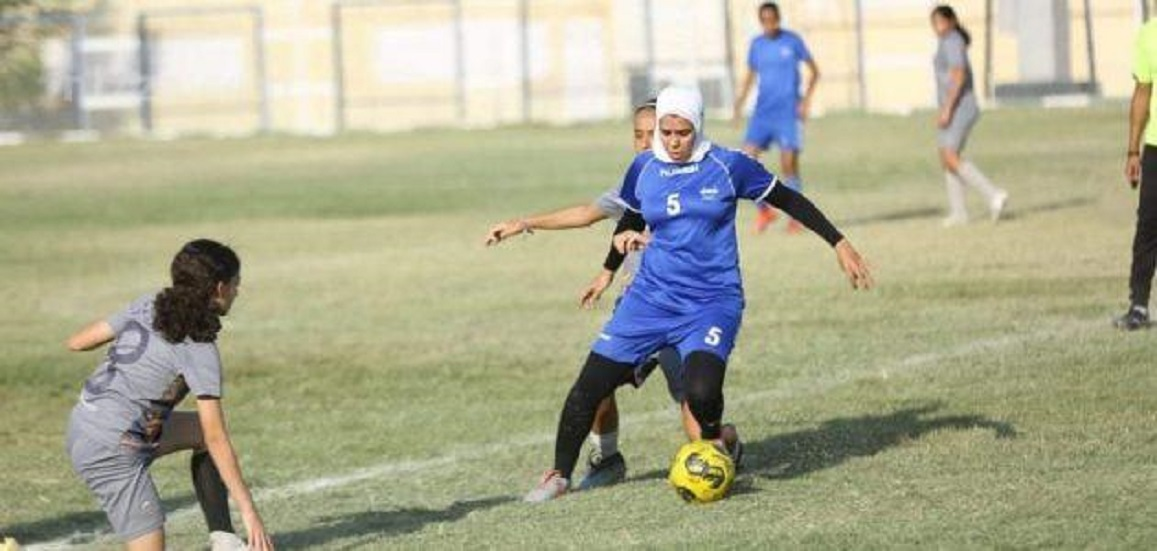 Egypt.. A women's soccer player is severely beaten in the canned, and officials are asked to intervene