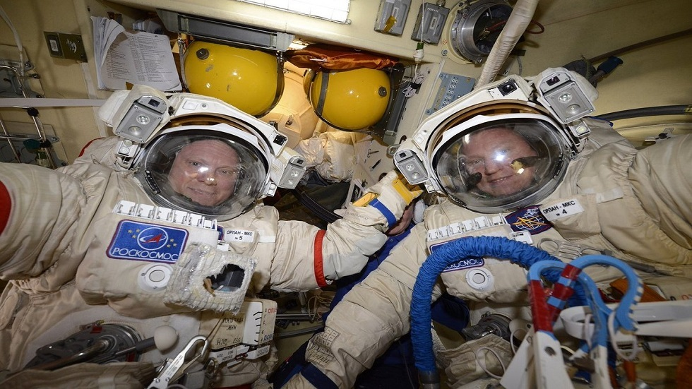 The two Russian cosmonauts are rehearsing to go out into the open space