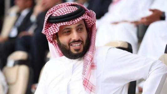In support of Al-Ahly and Al-Ittihad .. Turki Al-Sheikh returns to the sports arena