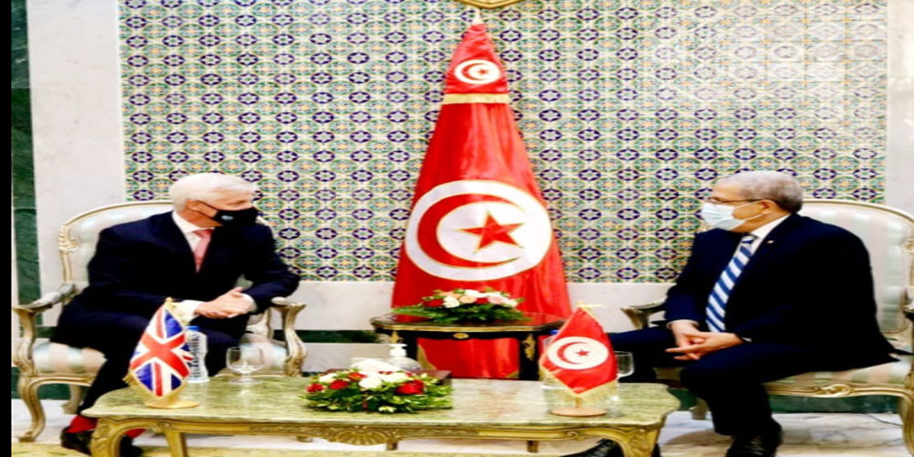 The Foreign Minister met the Ambassador of the United Kingdom in Tunisia