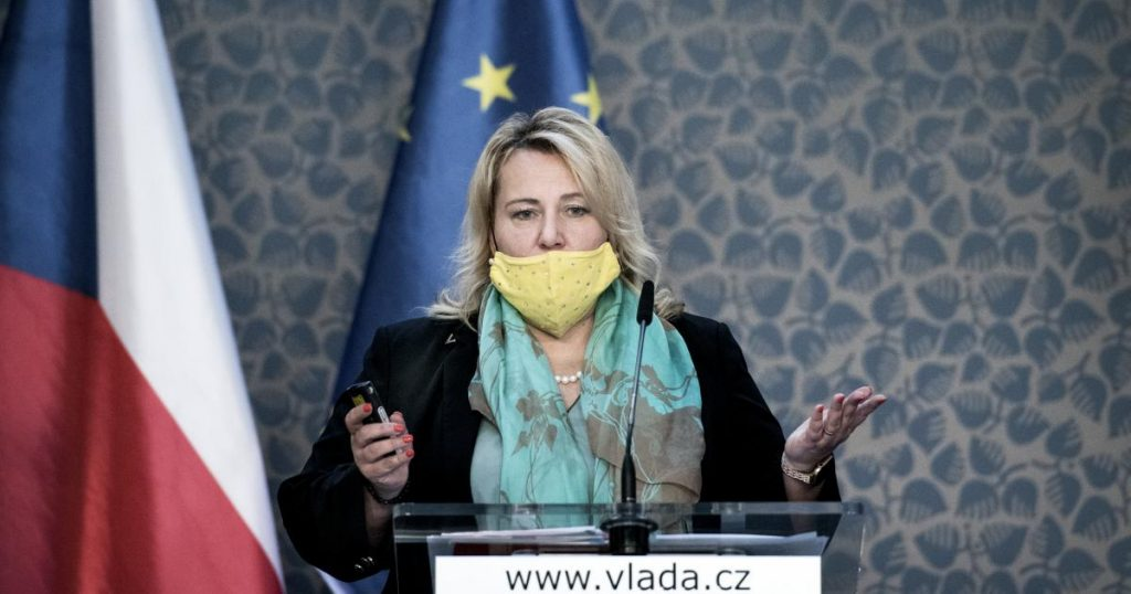 The deadline for the noose for the Czech Republic: Brussels refused to postpone it due to conflict of interest, and wants information within two days Iroslas