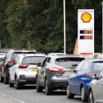 Britain … Truck drivers' crisis, fuel crisis and cars piled up at service stations (video) |  UK News