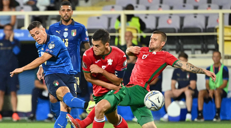 Bulgaria brakes Italy.. Sweden takes the lead from Spain