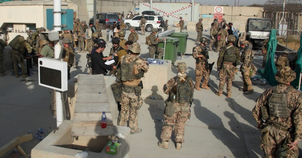 By mistake, the British Ministry of Defense announced the leak of the names of 250 Afghan translators  United Kingdom News