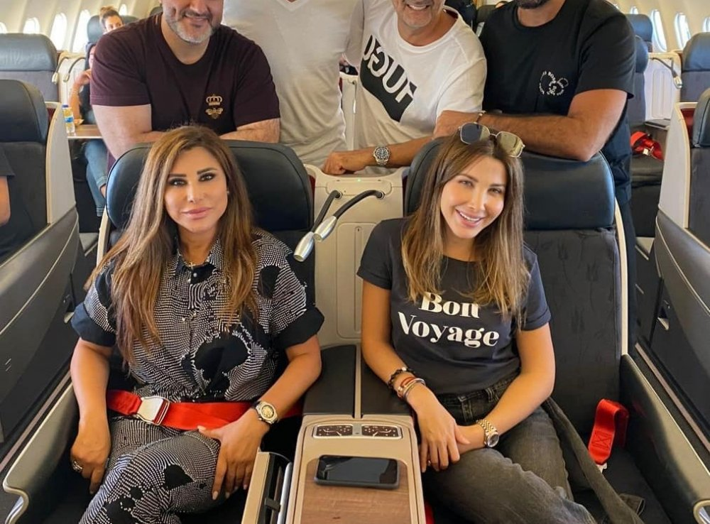 """Najwa Karam meets Nancy Ajram and Melhem Zain on the plane after their participation in """"Stars On Board""""..with pictures"""