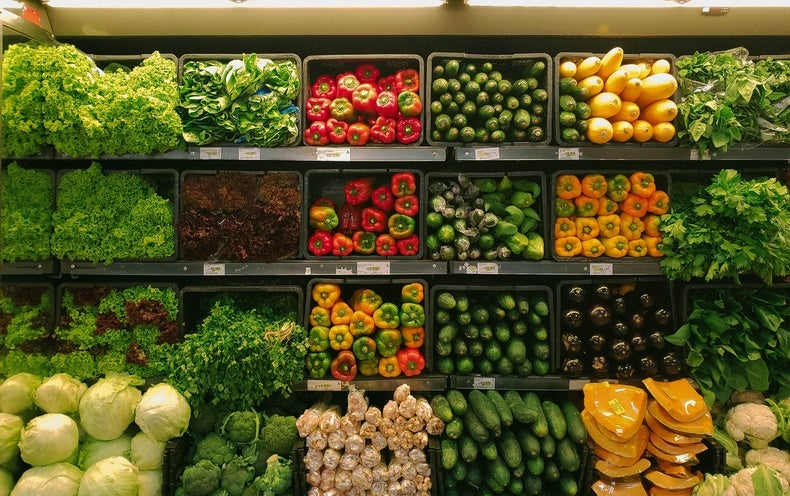 Store layout improves healthy food purchasing options