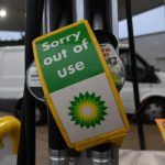 The British attacked the gas station.  Nobody can transport fuel from refineries – ČT24 – Czech TV