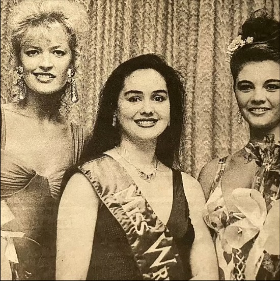 A woman wins the title of Miss Universe 29 years after her mother's success (5)