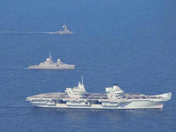 British-Singapore military exercises in the South China Sea