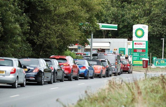 The United Kingdom is entering a fuel crisis, and stations are empty