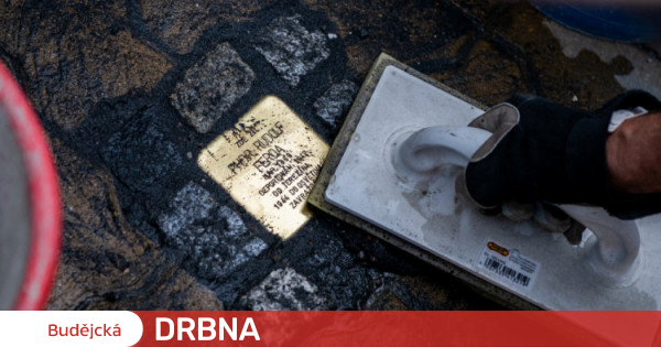 The first stones disappeared in Krumlov.  Reminds us of the victims of the Holocaust Budějcká News Company Trail